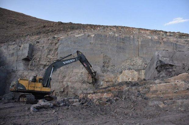 بهرهبرداری از معدن مرمریت سیاهسنگ ماکو آغاز شد