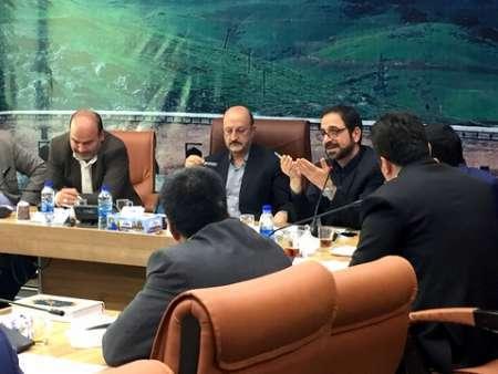 تولیدکنندگان کردستانی از حمایت های صندوق ضمانت سرمایه گذاری استفاده کنند