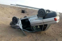یک کشته بر اثر واژگونی پراید در آزادراه قزوین-رشت