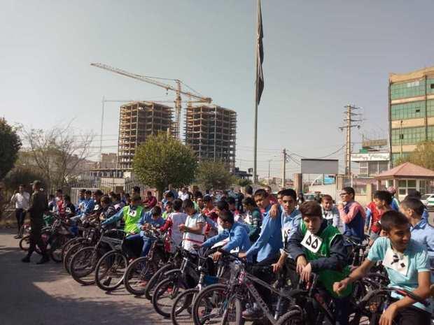 مسابقه دوچرخه سواری نوجوانان در بومهن برگزار شد
