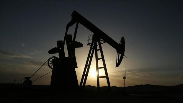 زمزمه جنگ عامل گرانی نفت