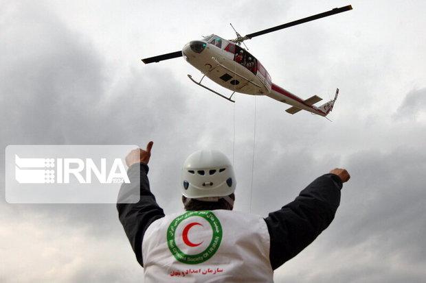 امدادگران هلال احمر برای نجات ۱۳کوهنورد به منطقه سبزکوه اعزام شدند
