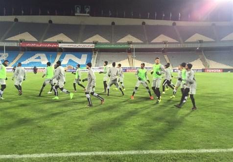 درگیری لیدر استقلال با عکاسان و پوشش جالب بازیکنان السد