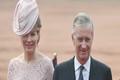 استقبال از پادشاه و ملکه در هوای آلوده+ عکس