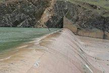 سرریز آب سد قشلاق سنندج مدیریت شده است