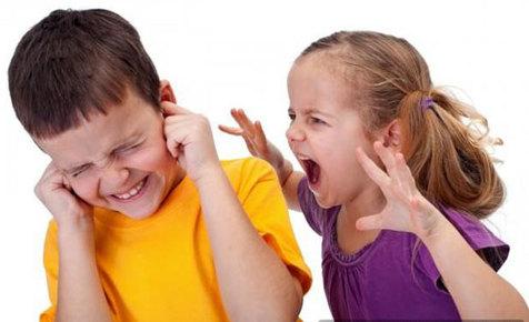 خشم کودکان را چگونه کنترل کنیم؟