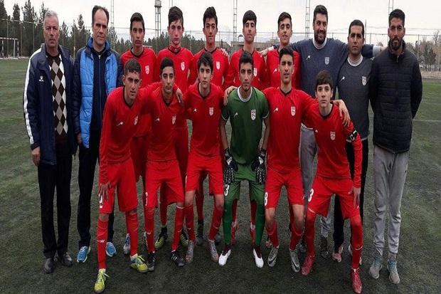تیم فوتبال نوجوانان تراکتورسازی به جمع 4تیم برتر راه یافت