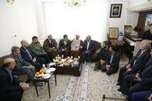 نماینده ولی فقیه در استان و استاندار قزوین با خانواده شهیده رقیه رضایی دیدار کردند