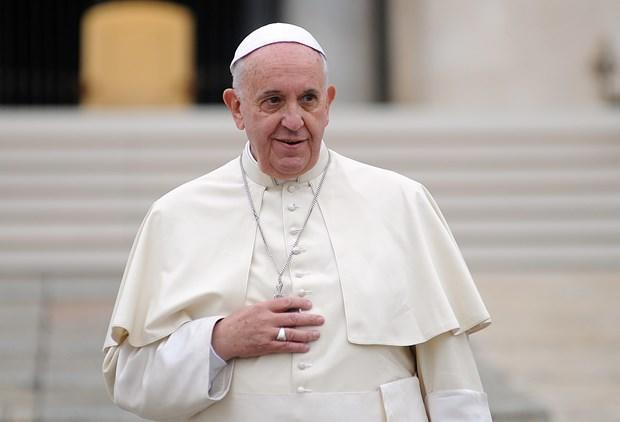 انتقاد ملایم پاپ فرانسیس از ترامپ