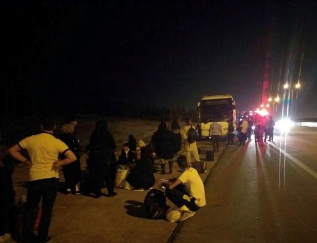 امدادرسانی به ۴۱ مسافر اتوبوس در محور دیهوک - طبس