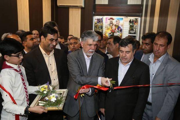 با حضور وزیر فرهنگ و ارشاد اسلامی سینمای دیجیتال بندرلنگه بهره برداری شد