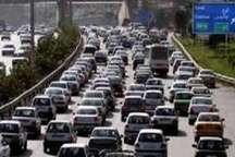 ترافیک در بزرگراه تهران -کرج- قزوین پرحجم است
