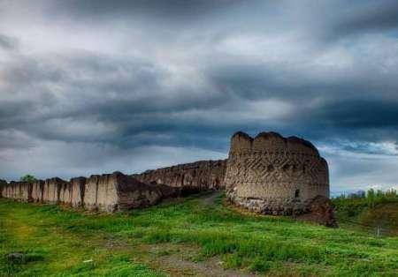 دخل و تصرف در محدوده کهنه قلعه مشگین شهر ممنوع شد