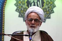 حوزه های علمیه سنگرهای صیانت از ارزش های اسلامی هستند