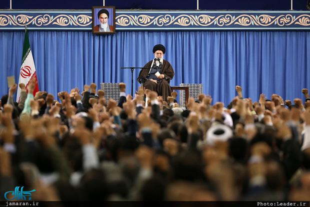 رهبر معظم انقلاب: چارچوب سیاستهای نظام جمهوری اسلامی را امام(ره) مشخص کرده اند/ این چارچوب براساس وصیت نامه و فرمایشات ایشان شکل گرفته است/  رهبری هم بخشی از نظام است و نه خودِ نظام/ هرگونه جناحبازی در وزارت اطلاعات گناه است