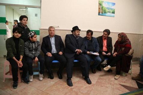 علی پروین و اکبر عبدی در پشت صحنه یک سریال + عکس