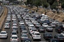ترافیک در محورهای تهران- قم و سلفچگان سنگین است