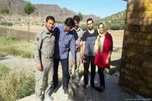 سفر 800 کیلومتری زوج تبریزی برای رها سازی سنجاب در زیستگاه اصلی خود