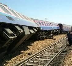 واژگونی قطار باری در شهرستان انار  مسیر بافق - بندر عباس مسدود شد