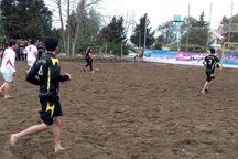 مسابقات فوتبال ساحلی قهرمانی استان یزد آغاز شد