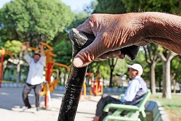 جمعیت سالمندان قزوین رو به افزایش است