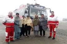 هلال احمر اسدآباد به 45 پاکستانی امداد رسانی کرد
