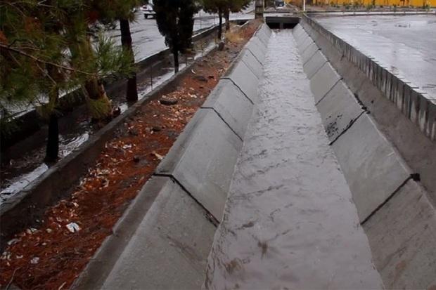مرحله نخست طرح هدایت آب های سطحی آستارا اجرا شد