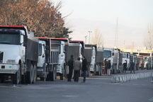 مطالبات کامیون داران فارس با جدیت دنبال می شود