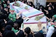 مردم اصفهان در میدان امام با 2 شهید گمنام وداع کردند