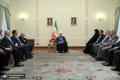 روحانی: اقدام دولت در افزایش نرخ بنزین به نفع مردم و برای کمک به اقشار تحت فشار جامعه است
