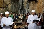 """برگزاری بزرگترین مراسم سالیانه زرتشتیان جهان در یزد """"چکچک"""" میعادگاه پیروان آیین زرتشت"""