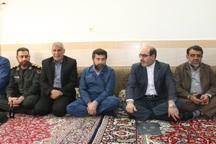 استاندار خوزستان با خانواده های شهدای ترور دزفول دیدار کرد