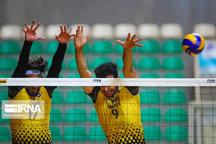 لیگ والیبال کارکنان دانشگاه آزاداسلامی کشور در یزد آغاز شد