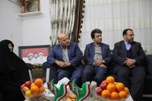 مردم ایران انقلاب را مدیون شهدا هستند