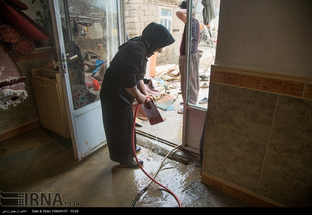 بیش از 375 سامانه آبرسانی در مناطق سیل زده کرمانشاه کنترل شد