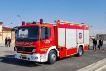 مرکز انباشت نخاله بلوار کامیونداران کرج دچار آتش سوزی شد