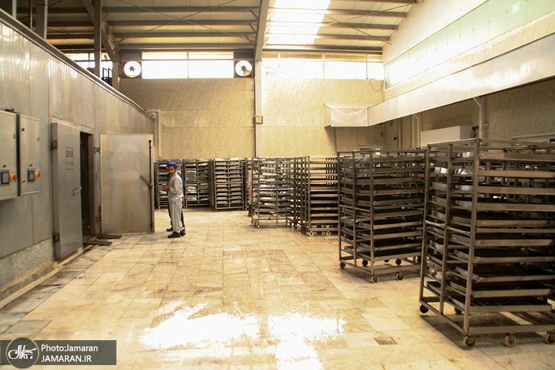 آمادهسازی افطاری زائران مراسم سالگرد بزرگداشت امام خمینی(س) - اصفهان