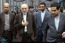 حضور علی اکبر صالحی، رییس سازمان انرژی اتمی در راهپیمایی 22 بهمن