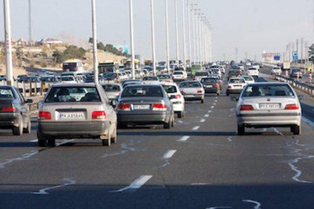 ترافیک در آزادراه کرج - قزوین سنگین است