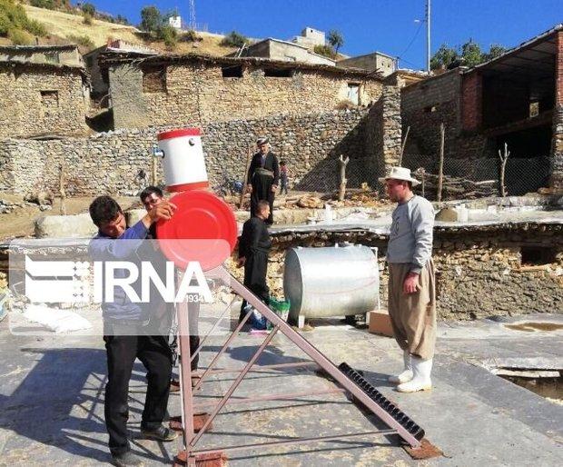 ۱۶ دستگاه آبگرمکن بین روستاییان محروم مریوان توزیع شد