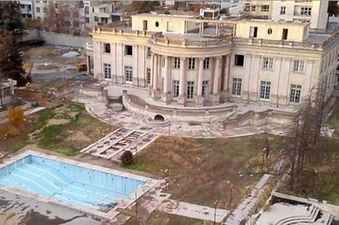زمزمه تخریب، وعده ثبت ملی