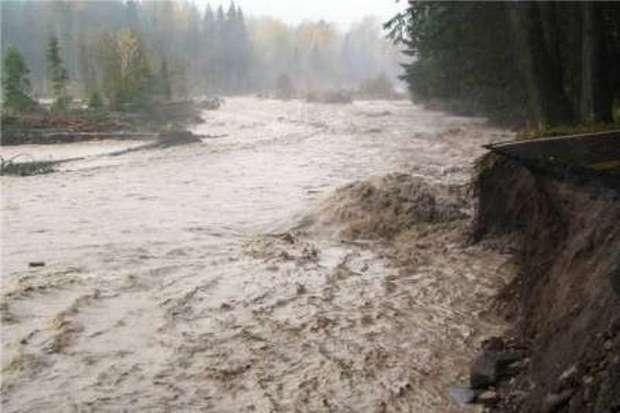 مردم از توقف در حاشیه رودخانه های سمنان پرهیز کنند