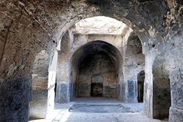 تنها مسجد سنگی ایران گرفتار مرمت های غیراصولی