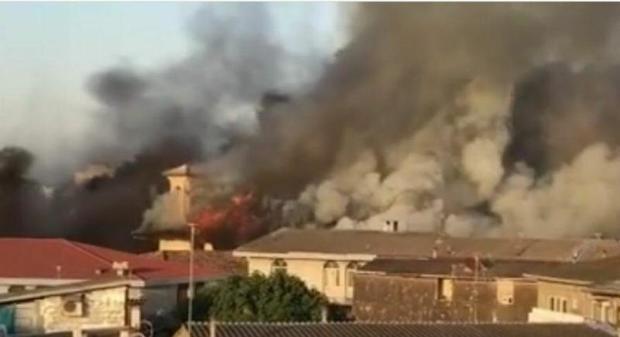 مسجد جامع ساری آتش گرفت + عکس و فیلم