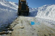 بارش برف راه 150 روستا در کردستان را بست