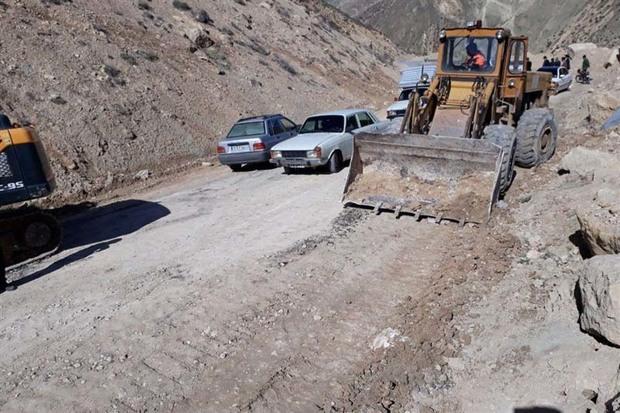 راه 30 روستای مسدود شده در لرستان توسط بنیاد مسکن قزوین بازگشایی شد