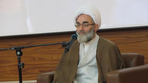 فعالیت ها با محوریت عالمان دینی در مساجد انجام شود