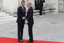 دیدار گرم روسای جمهور فرانسه و روسیه در فضایی کاملا پر تنش