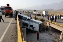 حادثه واژگونی اتوبوس در محور کرمان- یزد