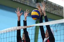 رقابت های قهرمانی والیبال بانوان کشور در اراک آغاز شد